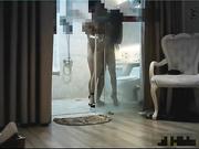 裤哥饭局夫人第三部换上黑丝高跟椅子上后入干到地板